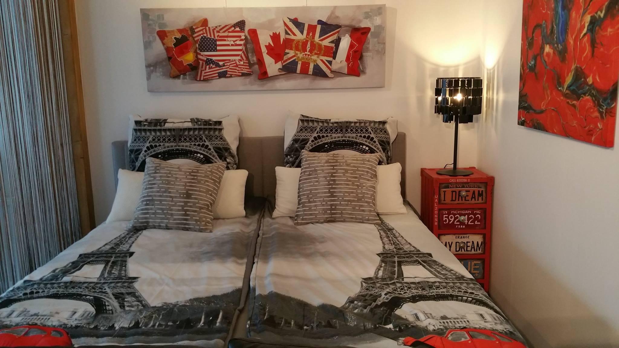fotogalerie genoveva gemach. Black Bedroom Furniture Sets. Home Design Ideas